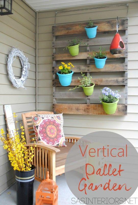 DIY: Vertical Pallet Garden by @Jenna_Burger, SASinteriors.net