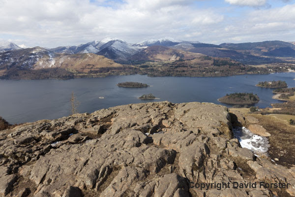 06D-3514 The View West from Walla Crag Over Derwent Water Towards the Mountains of Grisedale Pike, Hopegill Head, Sand Hill, Causey Pike, Crag Hill and Cat Bells, Lake District Cumbria UK.