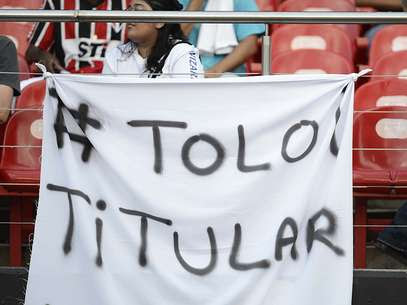 Torcida são-paulina já fez pressão pela entrada deRafael Toloi Foto: Ricardo Matsukawa / Terra