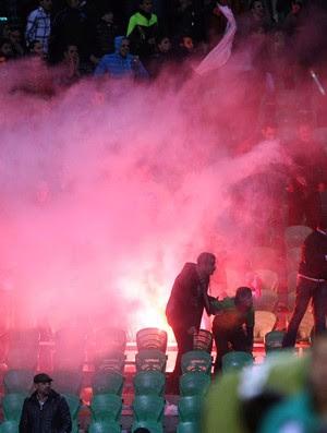 egito confusão estádio (Foto: AFP)