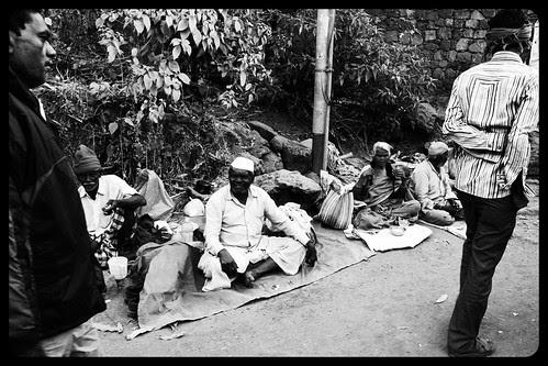 Abhi Bhikari Se Zyada Public Bhik Mangti Hai ,, by firoze shakir photographerno1
