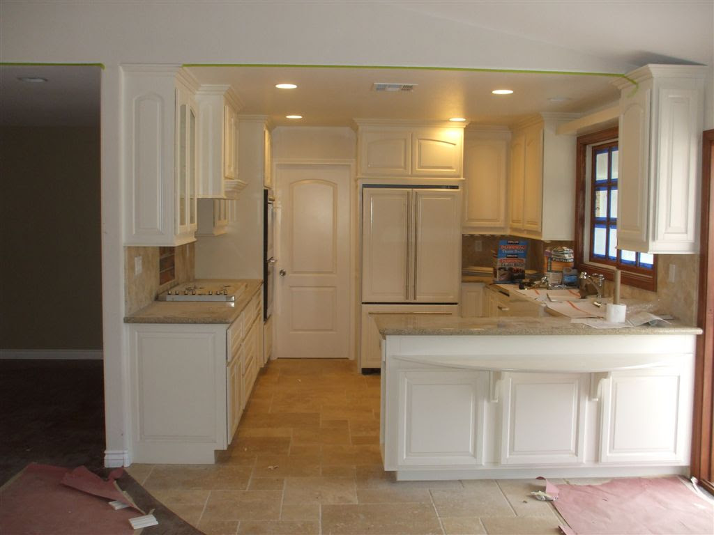 Kitchen cabinets in Southern California - C and L Designs