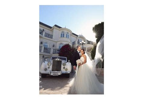 Vera Wang Bride Wars dress, $2,000 Size: 2   Used Wedding