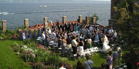 Singer Castle on Dark Island Weddings   Get Prices for