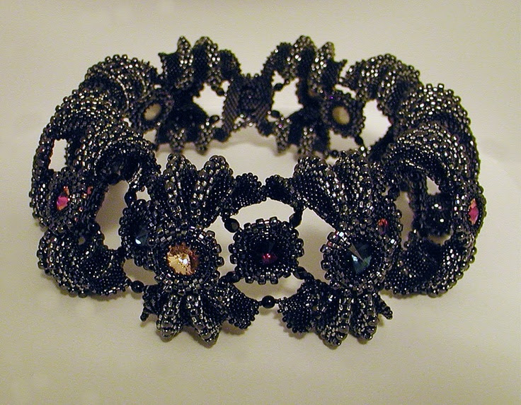 "Choker by The Beaded Carpet - ""For those of you who have seen my Urchin Wings bracelet, you will recognise the component.  My inspiration for this one ... was Elizabethan collars (which I'm fascinated by) and my desire to create something that wouldn't look out of place in a Vogue photoshoot."""