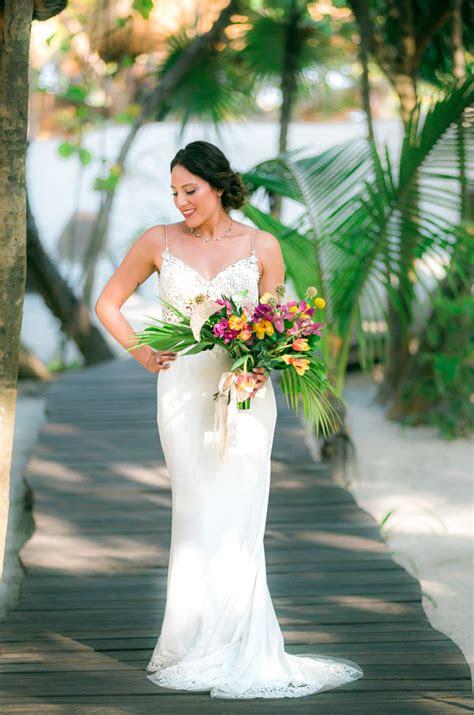 wear   rainy season wedding  cancun
