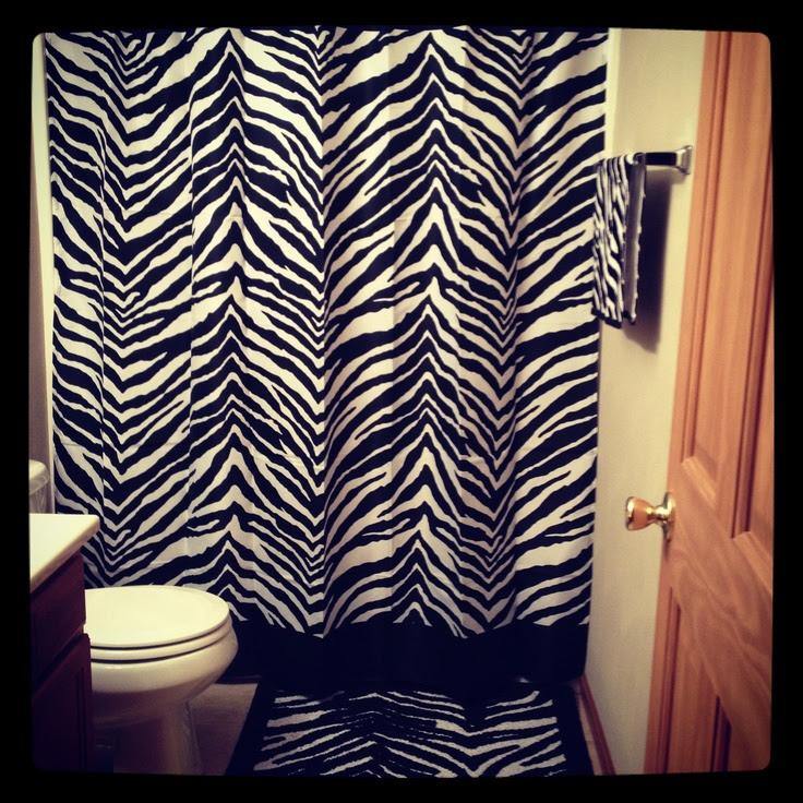 Zebra print bathroom <3 | Bathroom ideas | Pinterest