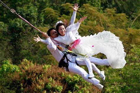 7 Wacko Wedding Ideas for Adventurous Couples   Travel