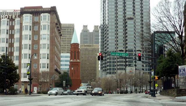 P1080228-2011-03-06-Sacred-Heart-Church-Atlanta-detail