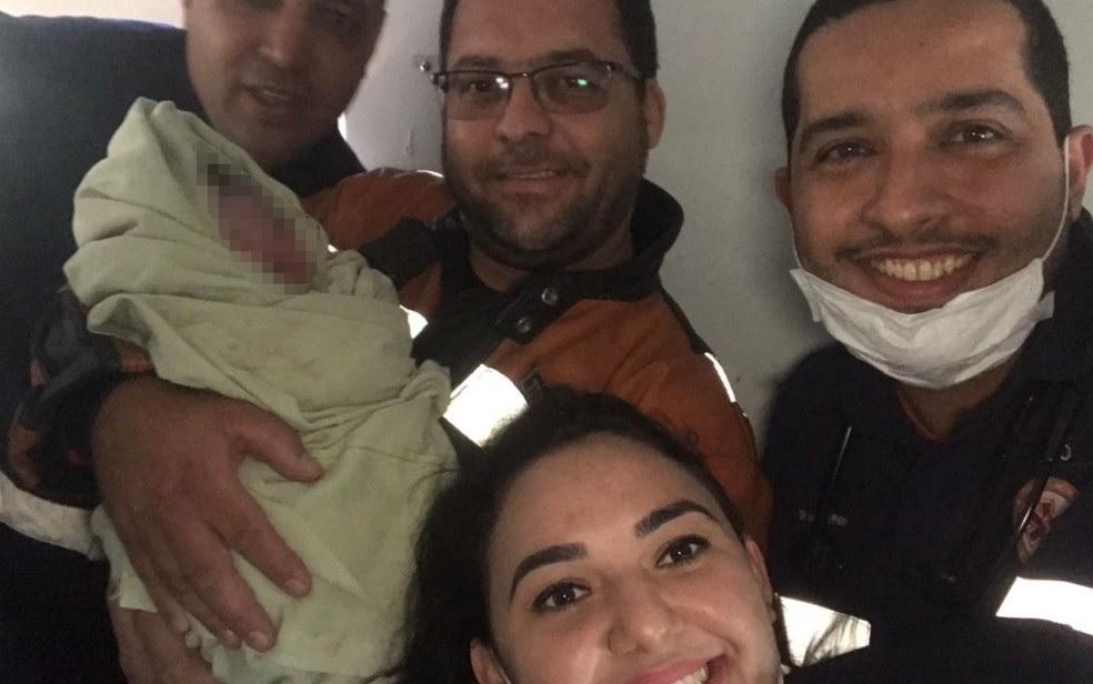 Bebê foi resgatado por uma equipe do Samu em Aparecida de Goiânia (Foto: Divulgação/Samu)