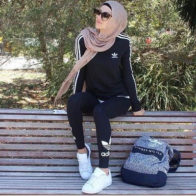 Kekinian Ini Pakaian Olahraga Muslimah Untuk Jogging Yang