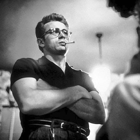 james-dean-in-spectacles