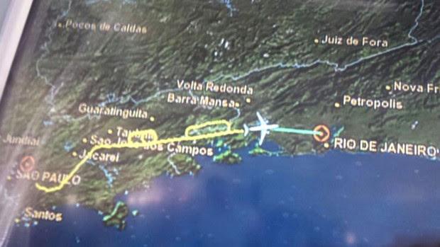 Rota de voo do presidente do Fla (Foto: Andre Tozzini)