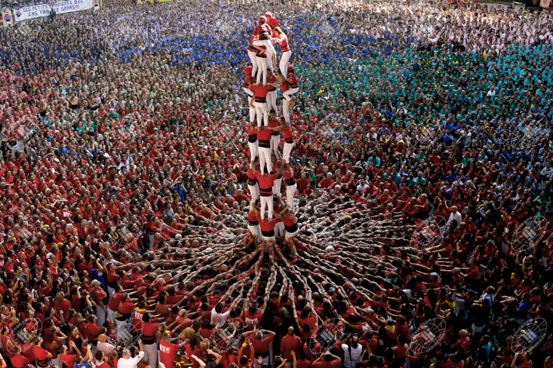 17. The human tower competition in Spain.  unusual, amazing photos,