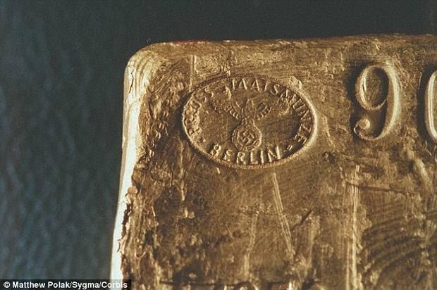 Bolsa con sello del 'Reichsbank'.