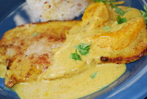 escalopes_de_veau___la_cr_me__au_curry_et___l_orange1