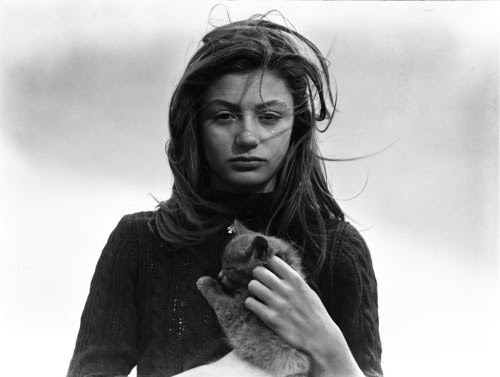 Émile Savitry Anouk Aimée and her cat Tulip Flower, 1947 [via Le Journal De La Photographie]