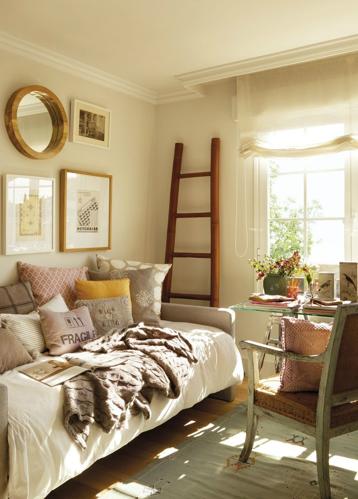 small guest room 7