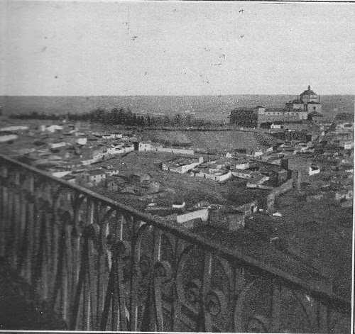 Paseo del Miradero (Toledo). Vista del Hospital Tavera
