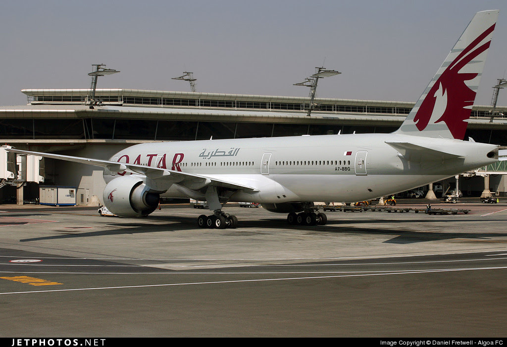 Qatar Airways B777 at Johannesburg