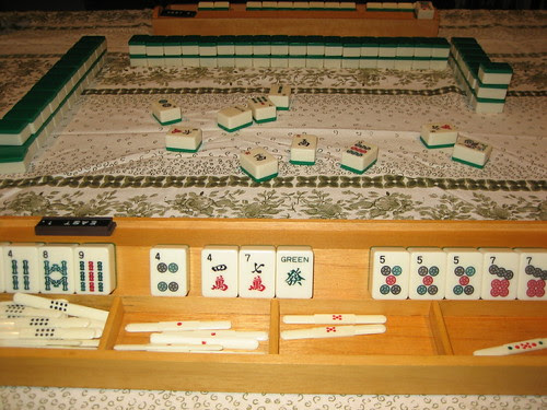 mahjong (my mum won)