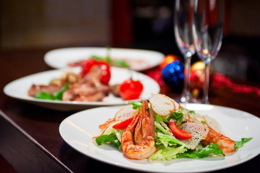 5 Ideas for a Seafood Christmas Dinner | eBay