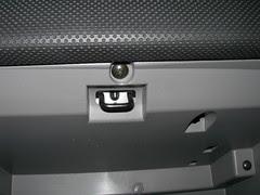 2007-08-05 Cabin Air Filer Installation (9)