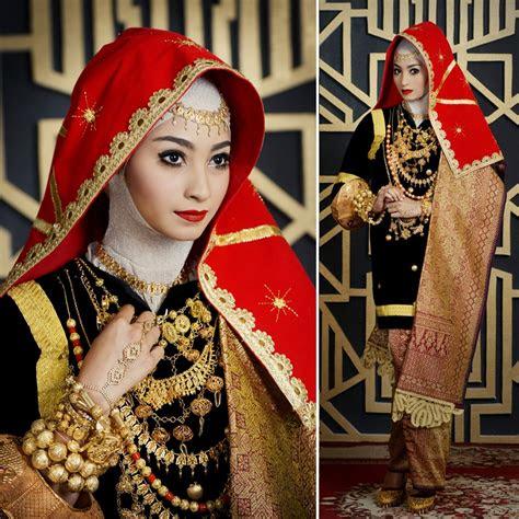 cantik berhijab secantik tradisi weddingkucom