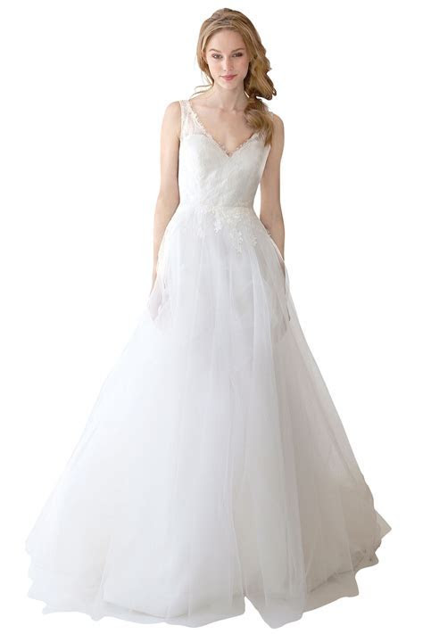 Best Wedding Dress for Your Body Type Page 3   BridalGuide