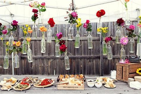 Astonishing Outdoor DIY Wedding Decorations That Are Easy