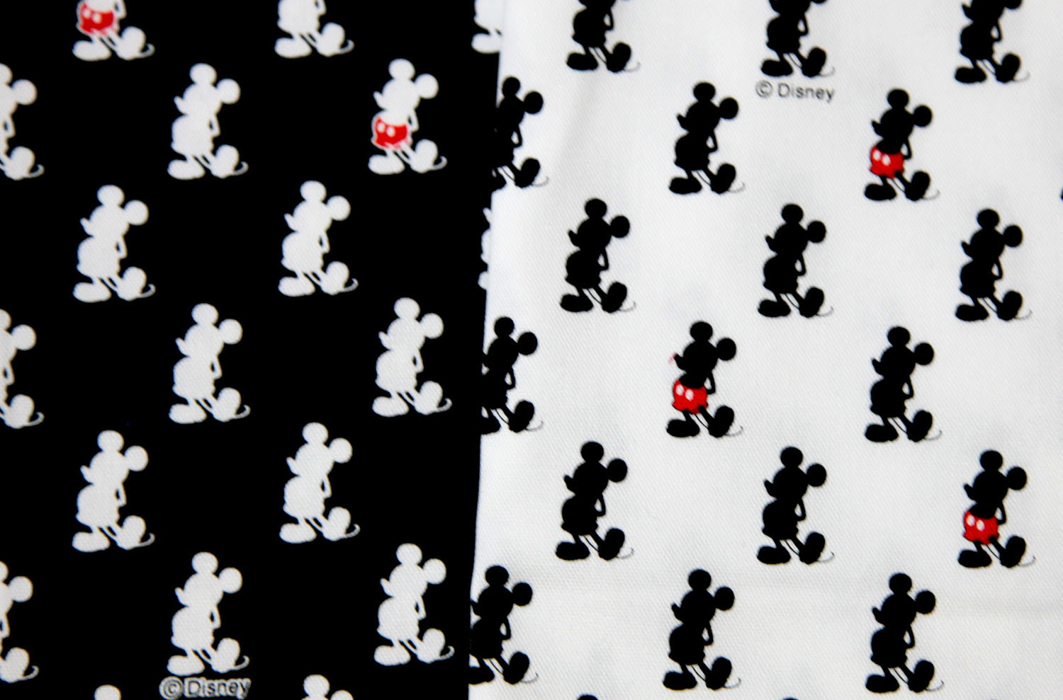Mickey Mouse Wallpaper With Black Background