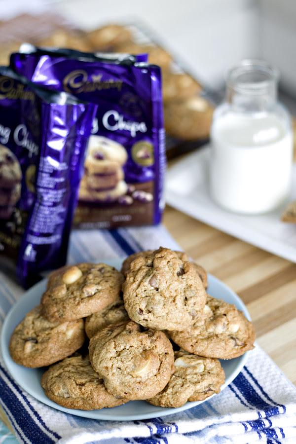 choc chip macadamia cookie 12