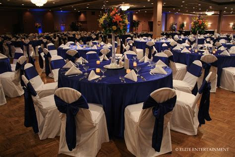 Royal blue wedding inspiration   The Merry Bride