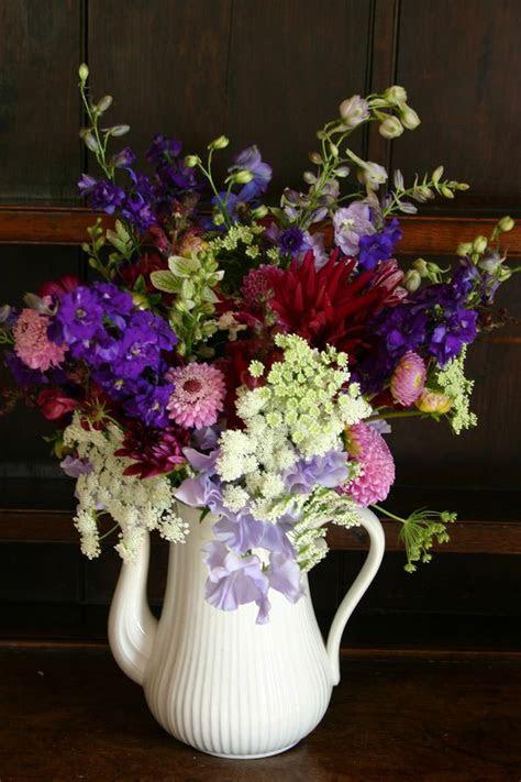 Best 25  Country flower arrangements ideas on Pinterest