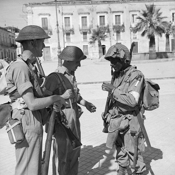 File:The British Army in Sicily 1943 NA4614.jpg