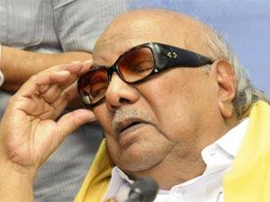 Karunanidhi Rolls Back Pull Out Threat