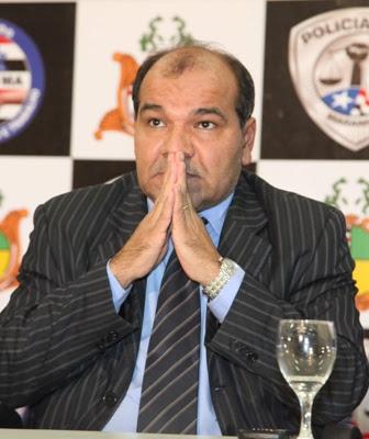 http://www.netoferreira.com.br/wp-content/uploads/2013/08/uchoa-delegado.jpg