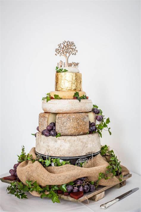 8 Tasty Wedding Cake Trends 2016   weddingsonline