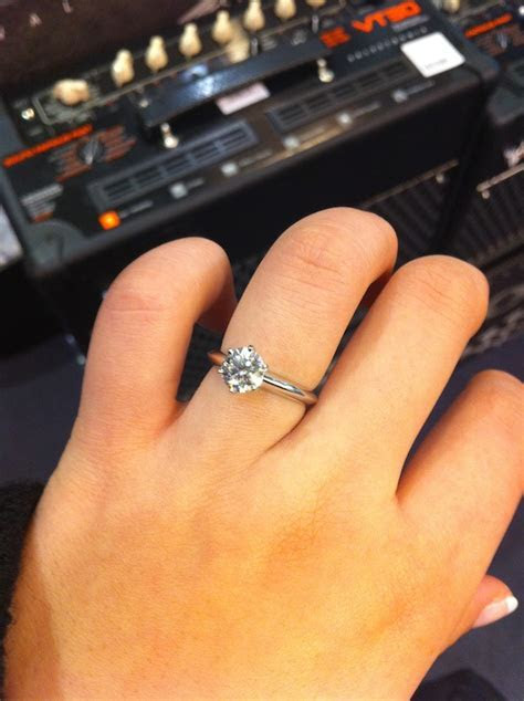 Post PHOTOS ONLY of your engagement/wedding ring{s} here