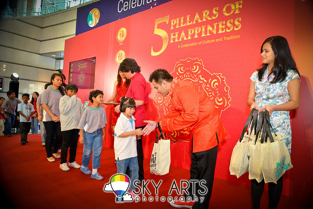 PETRONAS 5 Pillars of Happiness Chinese New Year Pledge for Charity Home