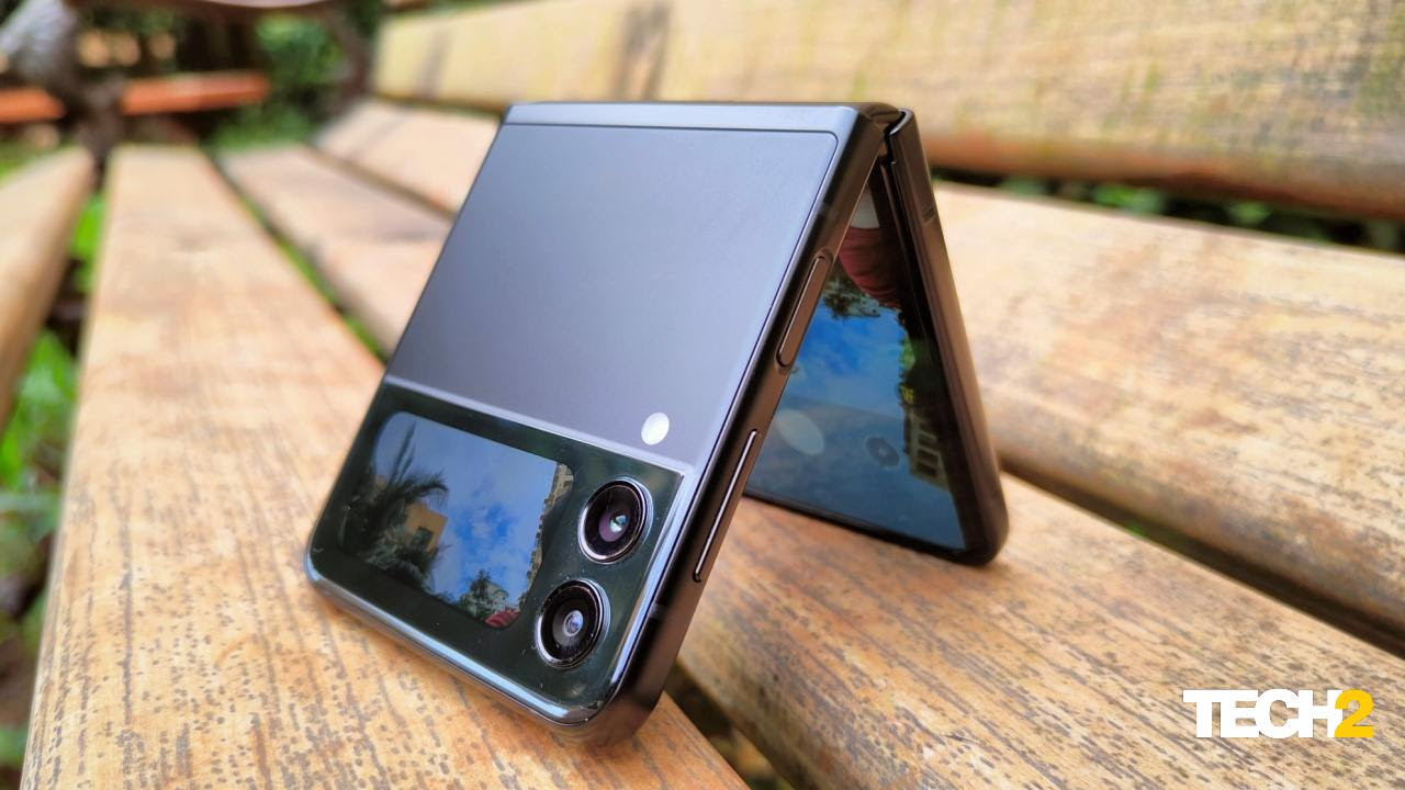 The Samsung Galaxy Z Flip 3 turns heads everywhere you take it. Image: Tech2/Chandrakant Isi