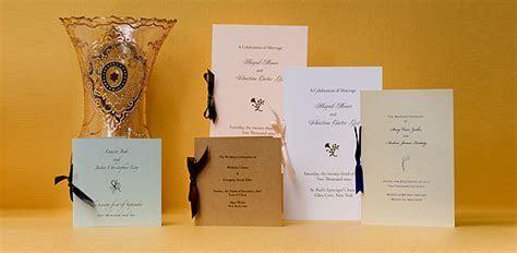Wedding Programs: www.paperpresentation.com