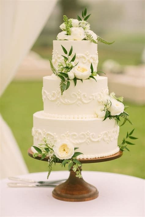 40 wedding cakes with roses you just can't resist