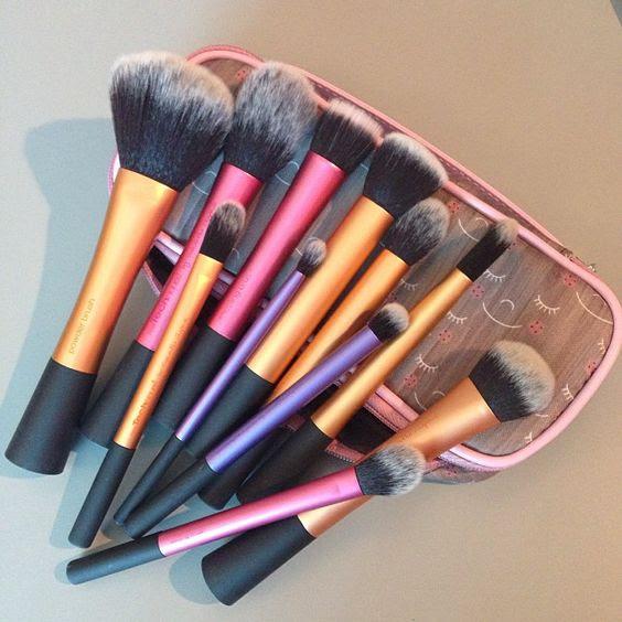 20 Best Makeup Brush Brands | Makeup Brushes Reviews