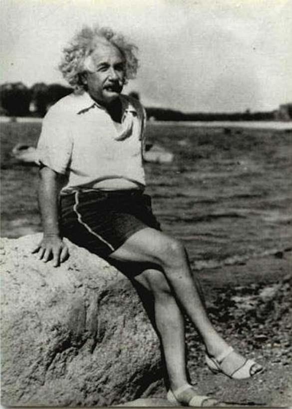 Φωτογραφίες του Albert Einstein όπως δεν τον έχουμε συνηθίσει (13)