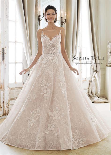 Wedding Gowns in Austin, TX , Melange Bridal
