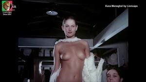 Xuxa Meneghel nua no filme Amor estranho amor #1