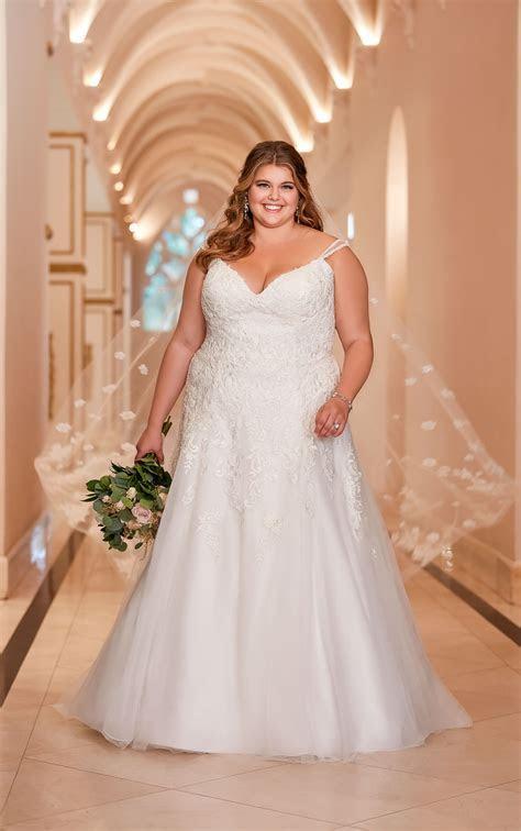 Open Back Plus Size Wedding Dress   Stella York Wedding Gowns