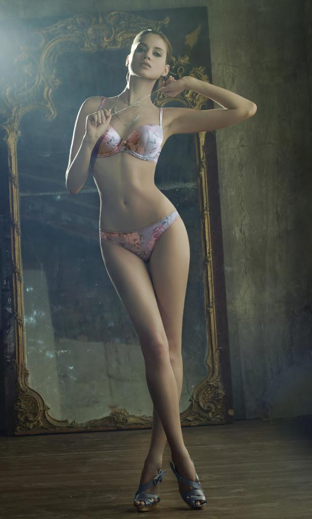 Jacqueline-Oloniceva 16