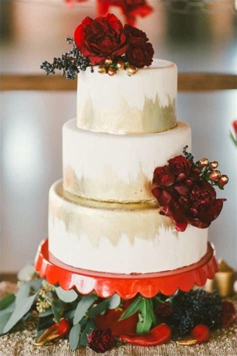 45 Deep Red Wedding Ideas for Fall/Winter Weddings   Deer